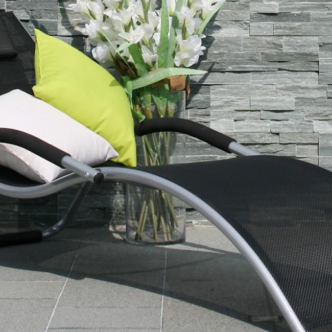 Шезлонг Brigo Black (10027) купити на сайті Shezlongi.Com.UA • Металеві шезлонги Garden4You